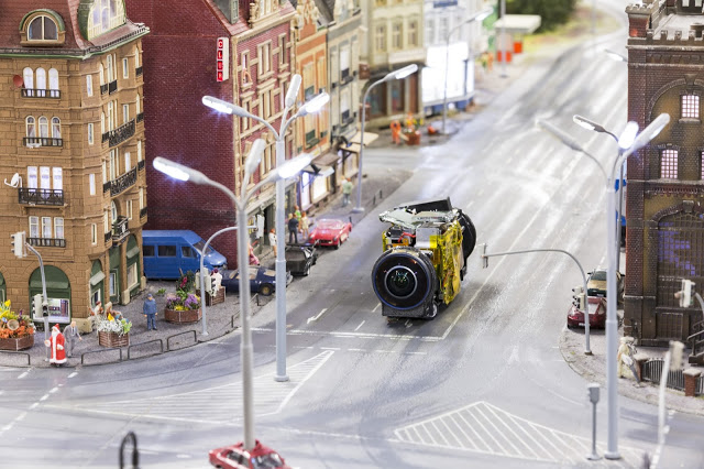 Google nos lleva a un mundo miniatura con la magia de Street View