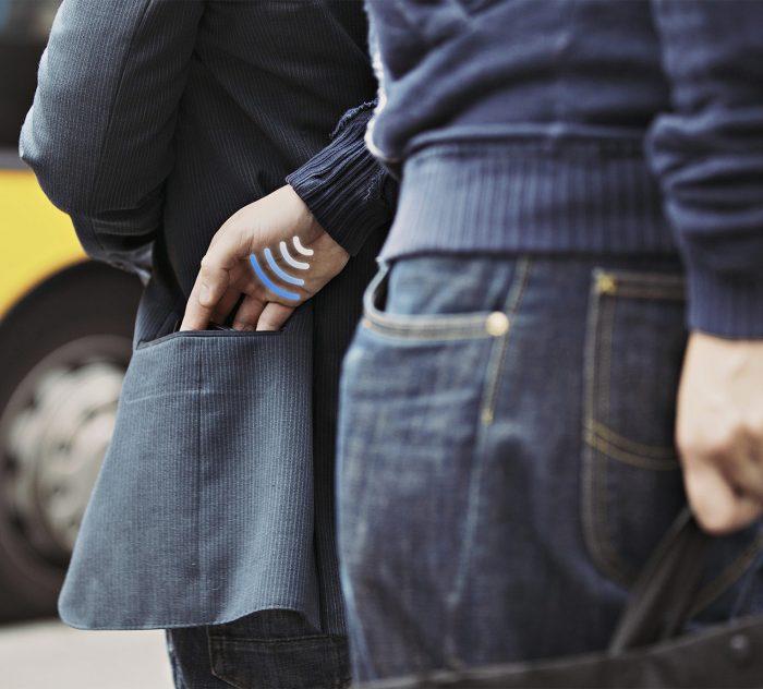 Su billetera bloquea la información de sus tarjetas de los delincuentes? La mía si!!