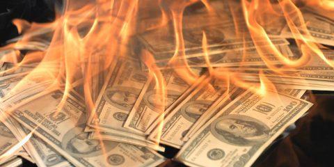 fabricantes-smartphones-queman-dinero