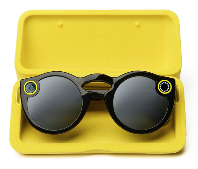 spectacles-case-snap