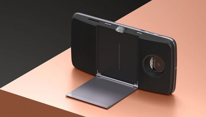 Cómo usar el proyector #Insta-Share del #MotoZ con contenidos externos?