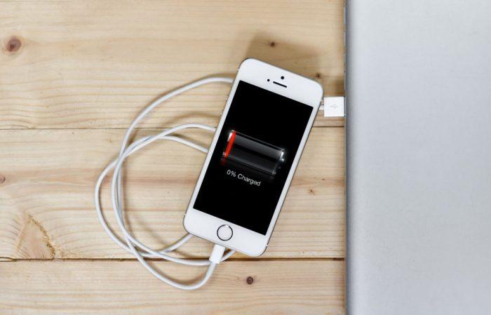 iPhone: llegará la carga inalámbrica rápida o toca quedarse con el cable?