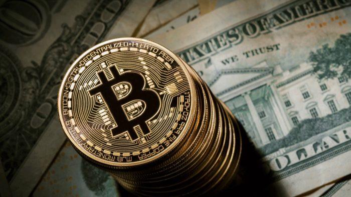 Bitcoin supera los 11 mil dólares