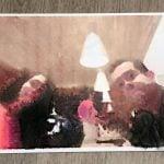 Foto impresa por la cara contraría del papel