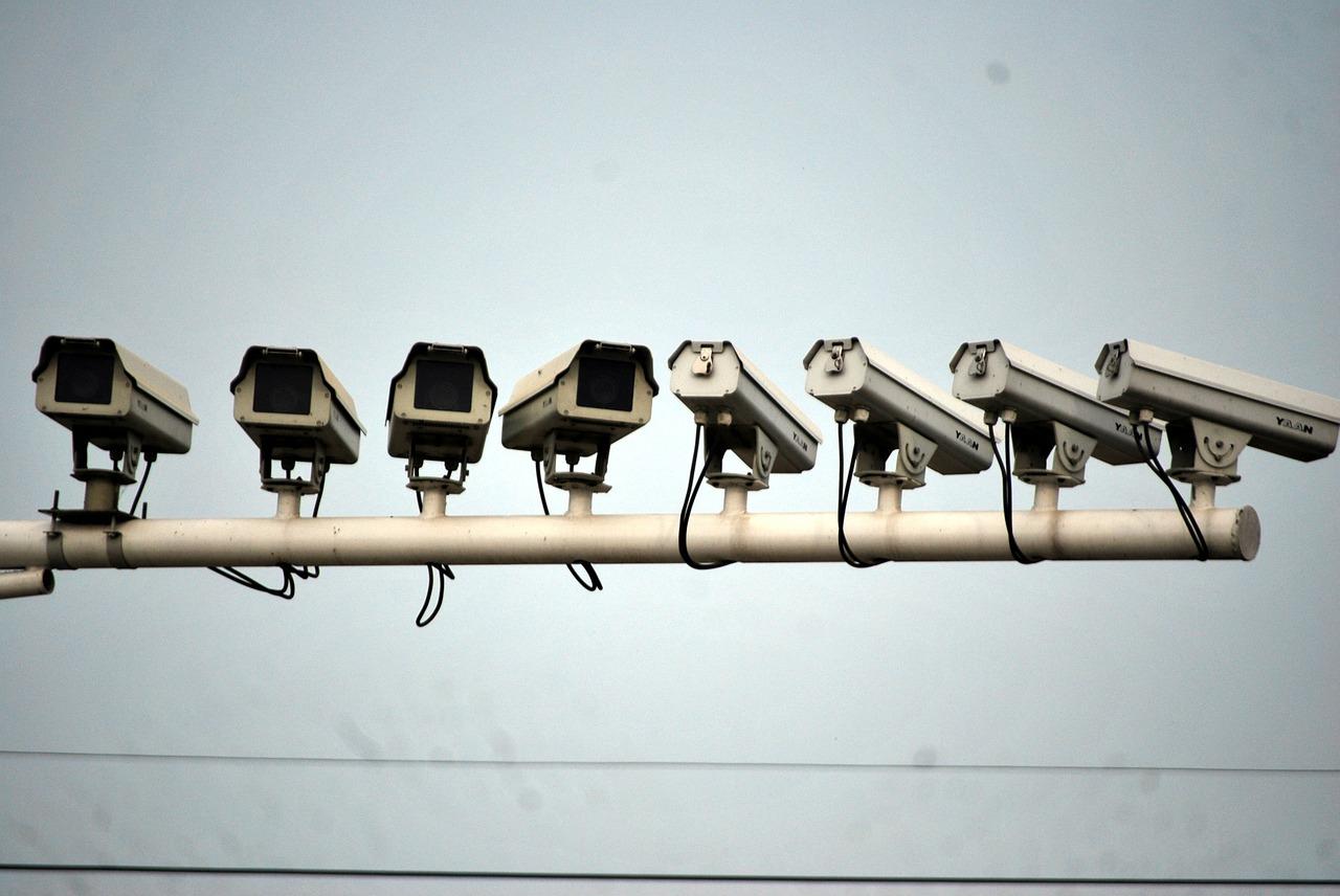 Cámaras de vigilancia en todas las direcciones