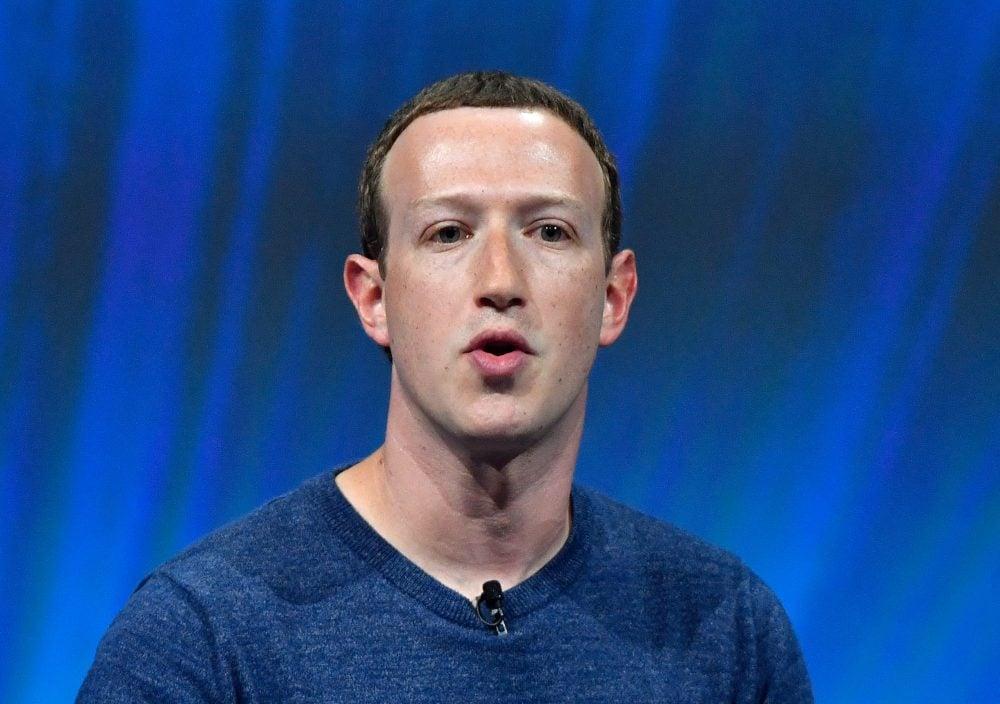 ¿Qué estará pensando Mark Zuckerberg?