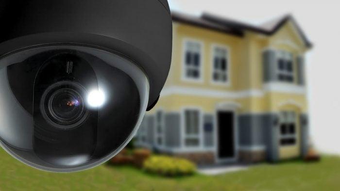 Si va a poner una cámara en su casa no cometa estos 3 errores