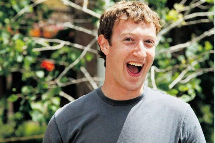 Zuck les da la bienvenida a todos de vuelta a Facebook!