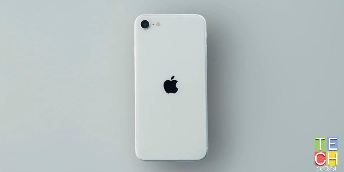 Apple hizo un teléfono para los usuarios de Android. El iPhone SE! | Techcetera