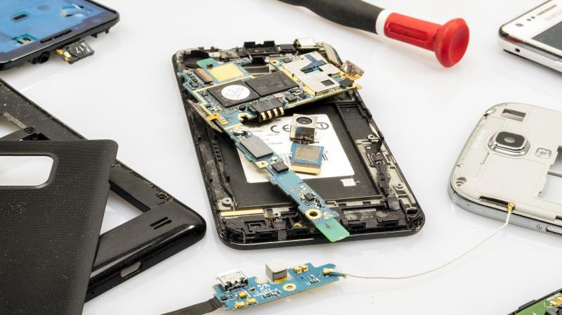 Woden Pro: ahora le pueden reparar su smartphone sin salir de casa! | Techcetera