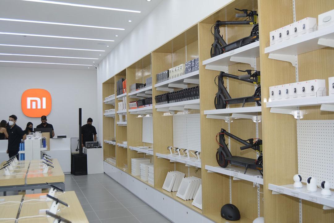 Desde patinetas hasta dispositivos IoT en als tiendas de Xiaomi Colombia